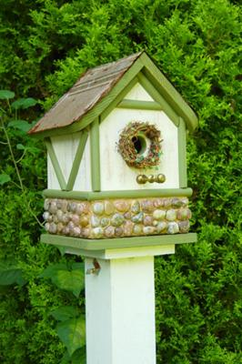 Cottage Birdhouse