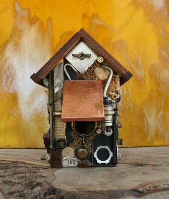 Bolts, Nuts, and Sandpaper Rustic Birdhouse